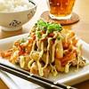 【食べ過ぎ注意☆】鶏むね肉の「こってりピリ辛炒め」でご飯が進む!