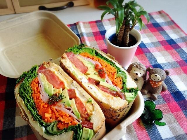 【行楽にぴったり♪】カラフル「わんぱくサンド」でお弁当も春の装い