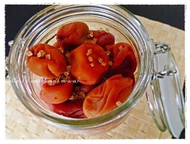 蒸し暑い季節にぴったり!さっぱり食べられる「梅レシピ」集めました