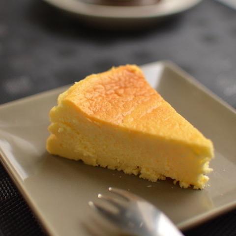 NEXTブーム到来!?「半熟チーズケーキ」がとろとろしゅわしゅわ美味♪