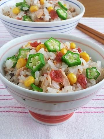 白米では物足りないときに◎「夏野菜の混ぜごはん」がさっぱり美味しい!