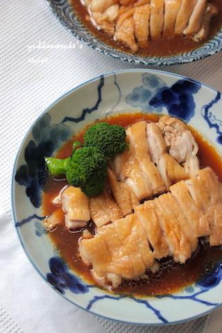 食材&調味料を同時にチン!時短「鶏もものレンジ蒸し」がふっくら美味