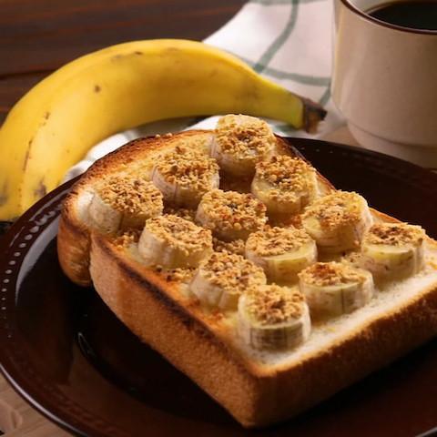 暑さに負けない!「バナナonトースト」で栄養満点朝食6選