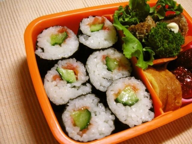 塾弁にも◎片手で食べやすい「おにぎり&パン」5選