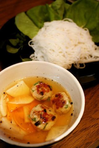 ハマる美味しさ!ベトナムのサラダ素麺「ブンチャー」をお家で作ろう