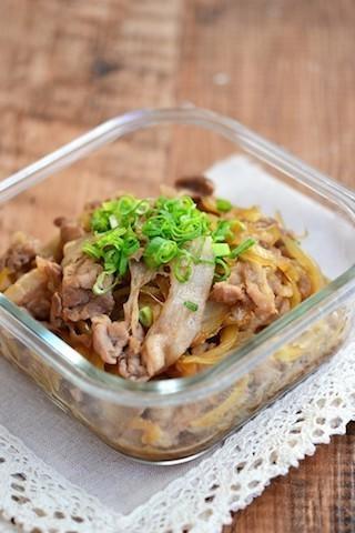 【食べごたえ◎】麺にピッタリ!「肉ダネの作りおき」5選