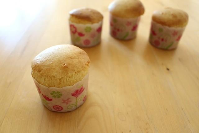 【試してみた】ホットケーキミックスとアイスだけでカップケーキができた!