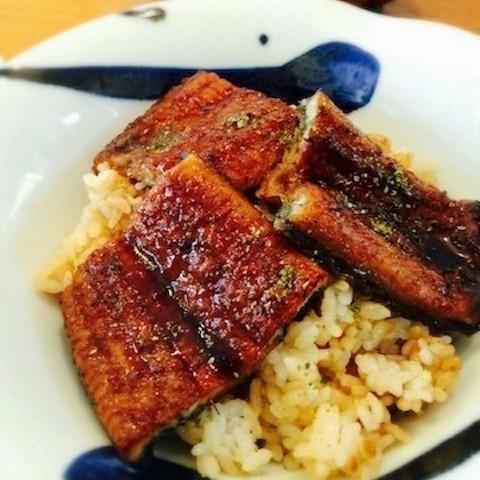 お店のような「鰻」の味に!ひと手間でふっくら美味しくなる温め方