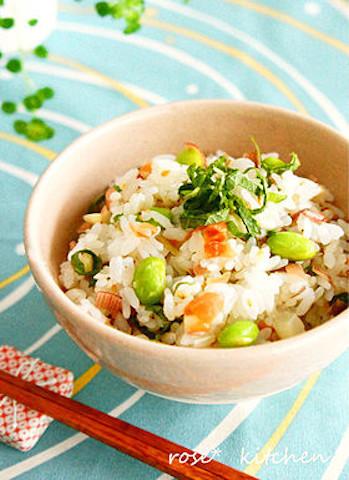 塩ゆでだけじゃない!夏にオススメ「枝豆の混ぜごはん」がさっぱり美味