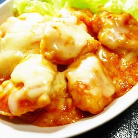 【鶏胸肉×フライパンで】濃厚美味な「チーズタッカルビ」を手軽に楽しもう!