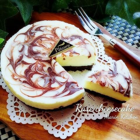 レンチンして混ぜるだけ!マーブル模様が美しい「レアチーズケーキ」をおやつに作ろう