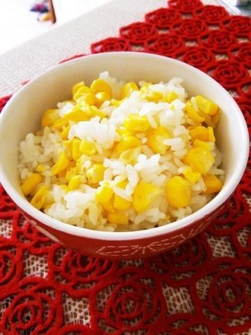 炊飯器ひとつで簡単!夏食材たっぷり「炊き込みご飯」5選
