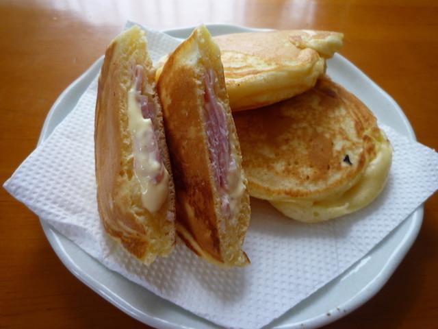 朝食に◎HMでほんのり甘〜い「ハムマヨおやき」が簡単美味しい