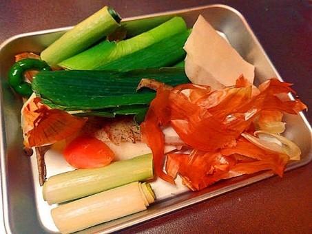 その皮、むかないで!野菜の皮には栄養がたっぷりです