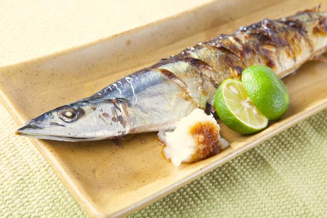 一人で「秋刀魚」を焼いて、一人で美味しく食べる夜【数字のないレシピたち Vol.2】