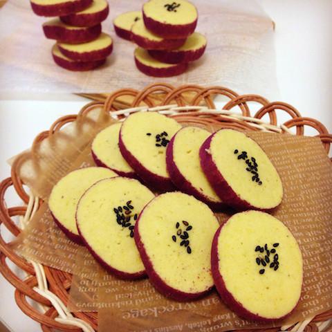 味も絶品!見た目も可愛い「いもくりかぼちゃクッキー」なら子どもが大喜び!