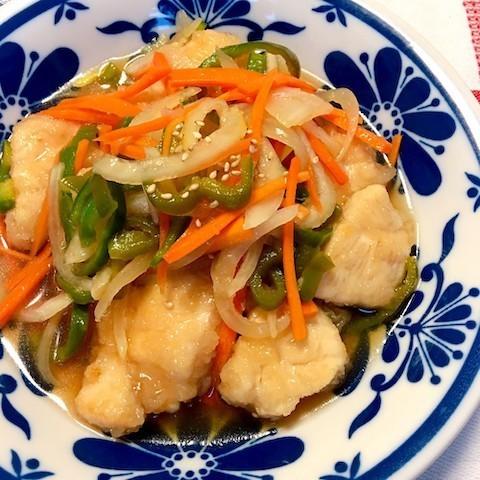 さっぱりコクうま☆「ささみの南蛮漬け」なら野菜もたっぷり食べられる!