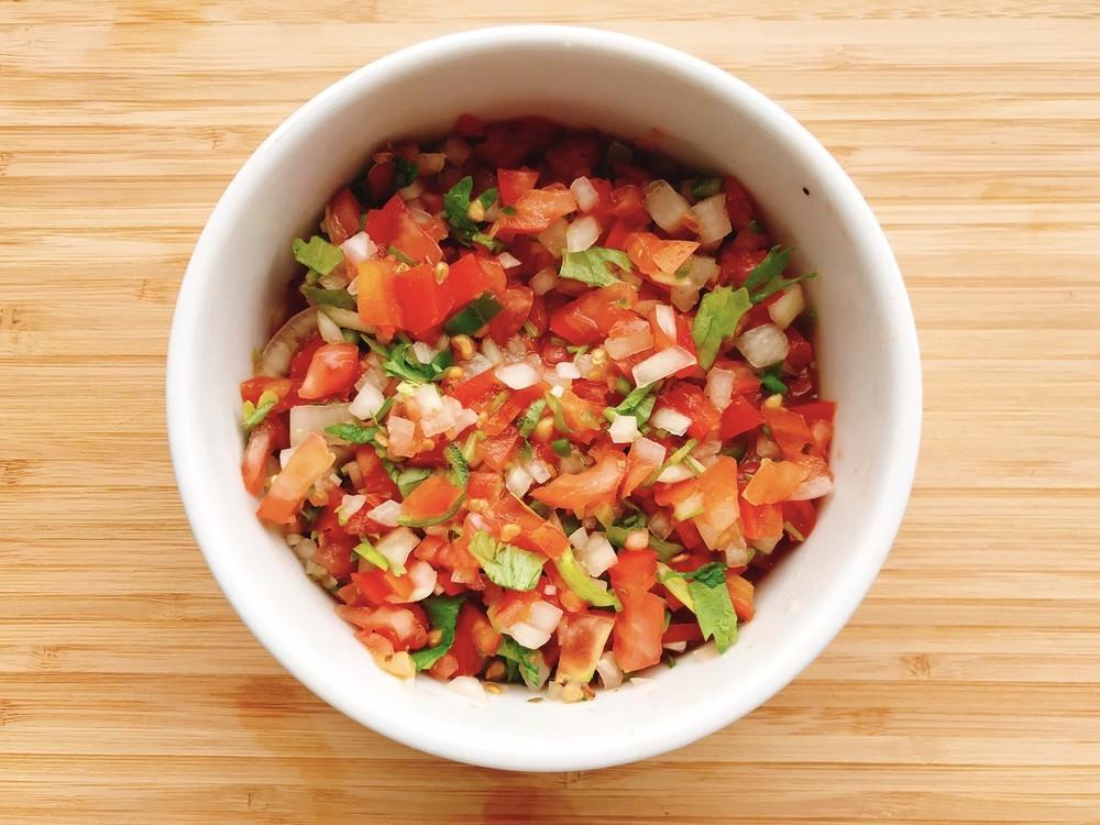 肉、魚、パン、ご飯…何にでも合う!南米チリの万能サルサ「ペブレ」が新しくておいしい