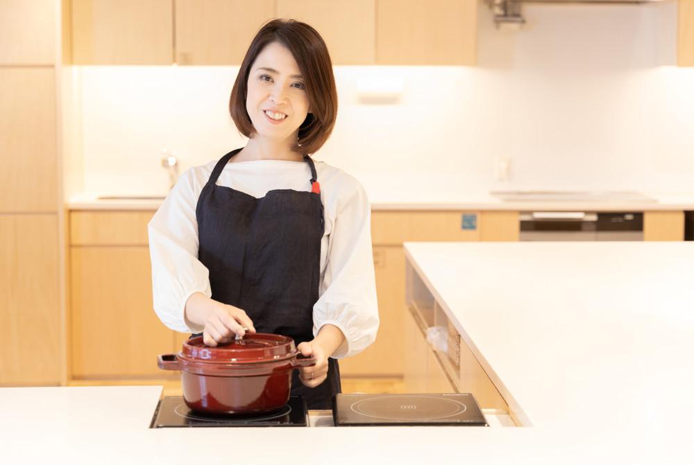 大人気レシピ作者☆栄養士のれしぴ☆さんに聞いた、毎日のごはん作りをラクにする「超段取り術」【プロの日々ごはんVol.5】