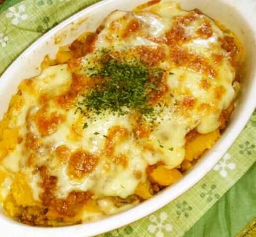 チーズとろ〜り♪子ども喜ぶ☆ひき肉とかぼちゃのグラタン