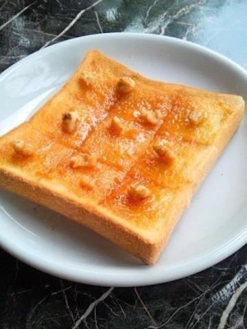 まさかの組み合わせ!?「しょうゆ&はちみつトースト」が甘じょっぱくてクセになる美味しさ♪