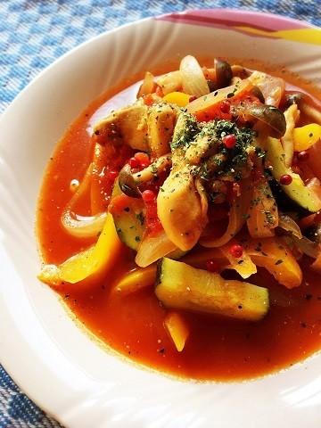 材料を切って煮込むだけ!「トマト缶で簡単肉おかず」がほっこり美味