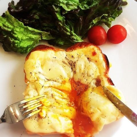 簡単&美味で朝から幸せ♪「とろ〜り卵トースト」5選