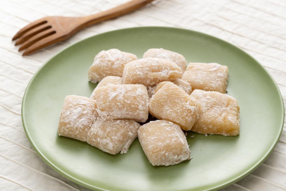 【余ったお餅で】とろけるおいしさの「バター餅」が簡単&おやつにピッタリ♪