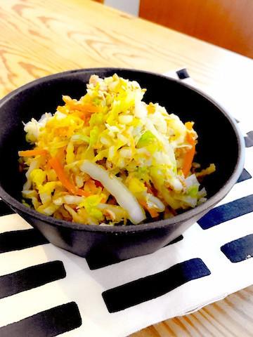 【少ない材料で◎】疲れた胃腸を癒やす「白菜サラダ」の味バリエ5選