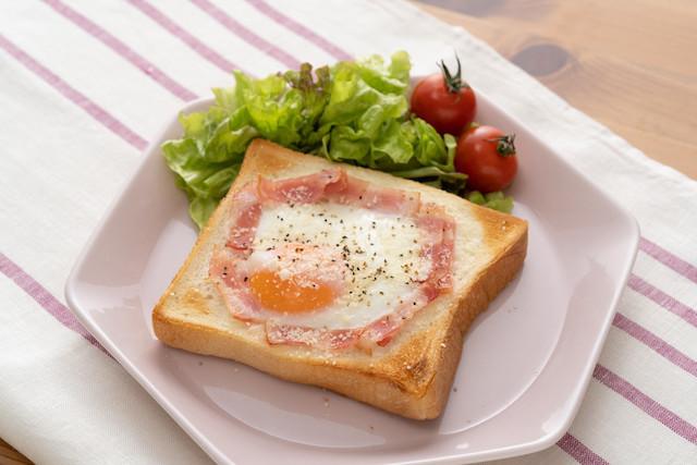 愛知の喫茶店で大人気!卵とろ〜り「カルボ風トースト」が朝食にぴったり