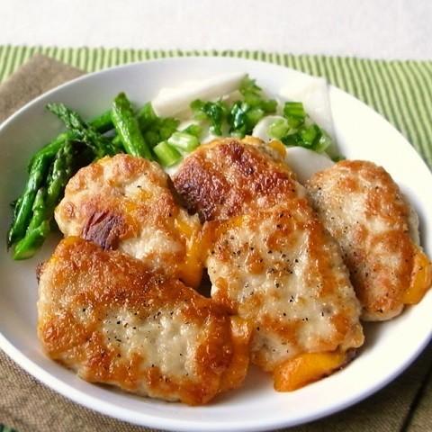 食べだしたら止まらない!子ども喜ぶ「鶏のカリカリチーズおかず」5選