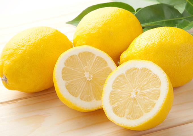 今しか手に入らない!「国産レモン」をおいしく保存する方法