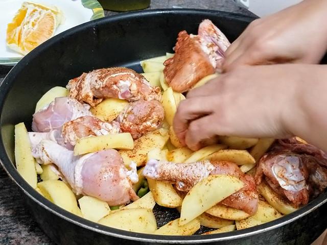 何もしたくないけどご飯をつくらなきゃ…そんな時の「手抜きごはん」【世界の台所探検】