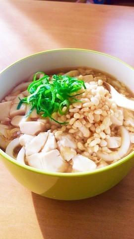 つけ汁にもなるし、具材にもなる!「豆腐」で食べるうどんが美味