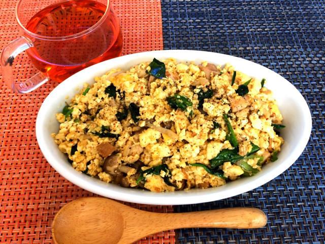 【ダイエットに◎】お米なしでも満腹!「豆腐」でチャーハン風を楽しめた