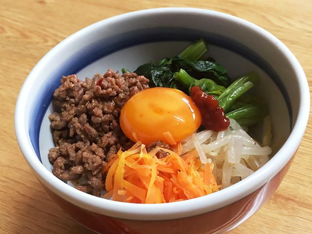 節約の味方!ひき肉でつくる「丼レシピ」味バリエ5選