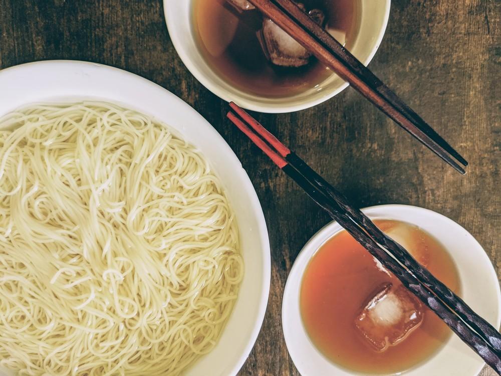 いつもより美味しい!二人で食べる「3束の素麺」【数字のないレシピたち Vol.11】