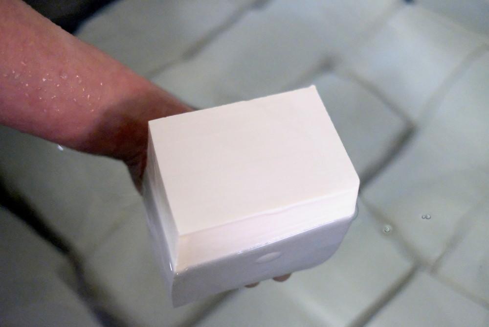 【#自宅より愛をこめて】豆腐はみんなと手をつなぎ溶け合う食材 「豆腐オタク」に聞く奥深い豆腐の世界