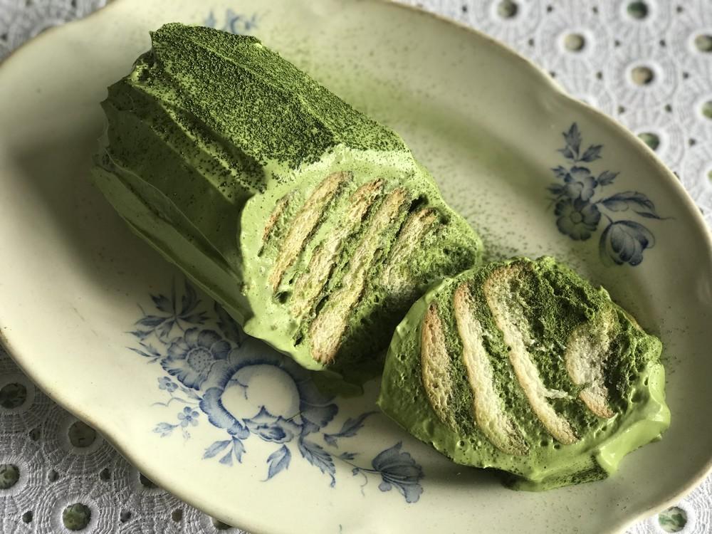 クリームを挟んで冷やすだけ!簡単&絶品「抹茶のビスケットケーキ」【粉いらずの焼かないスイーツ Vol.2】