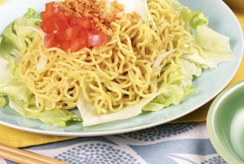 北海道の居酒屋の定番☆野菜もたっぷり食べられる「ラーメンサラダ」がおすすめ