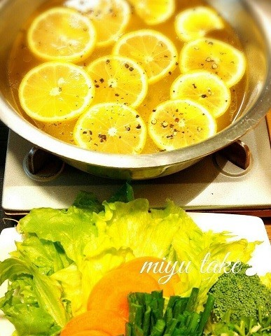 【もりもり食べられる】夏におすすめ!シャキうま「レタスしゃぶしゃぶ」レシピ