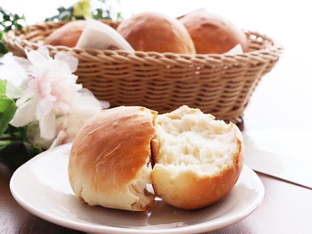 面倒な作業が時短でできる!初心者におすすめの「不思議パン」って?【30分で人気パンを作ろう Vol.1】