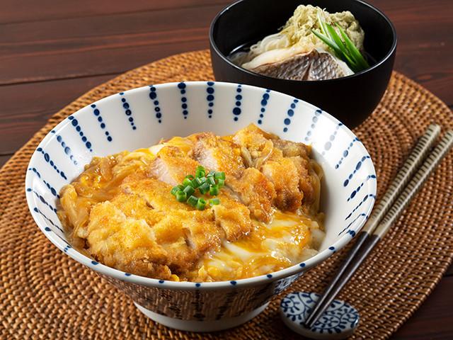 揚げ焼きで簡単!漫才コンビ・和牛が作る「半熟卵のカツ丼」【和牛キッチン 神回ちょい見せします Vol.3】