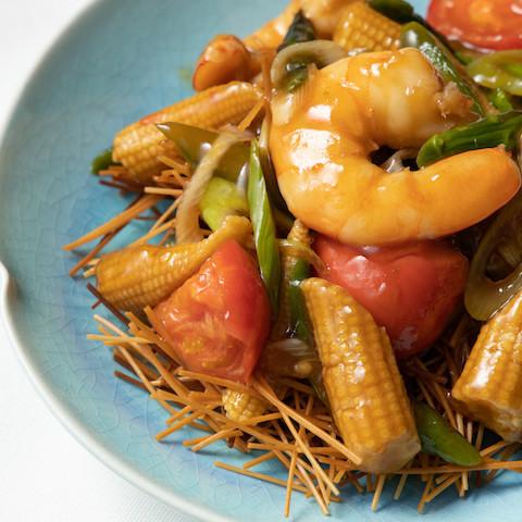 パリパリ素麺でおいしさ新発見!夏に食べたい「絶品麺レシピ」4選