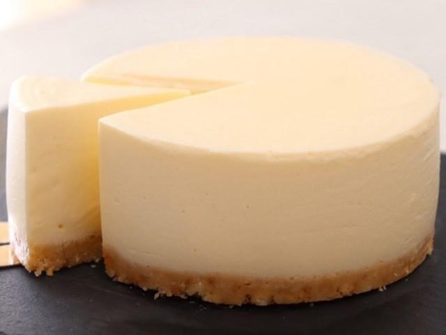 シンプルに美味しい!焼かずに作れる「チーズケーキ」