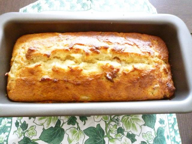 3本使用するから大量消費にも◎濃厚美味の「トリプルバナナケーキ」