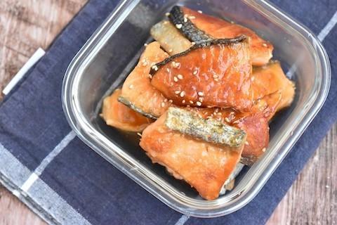 秋の味覚を味わい尽くす!ほろっとおいしい「旬の鮭」の作りおき