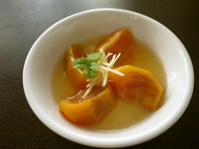 風邪予防にもぴったり!レンジで作れる「柿」の簡単おやつ