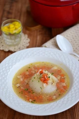 玉ねぎを丸ごと!レストランみたいな絶品「オニオンスープ」