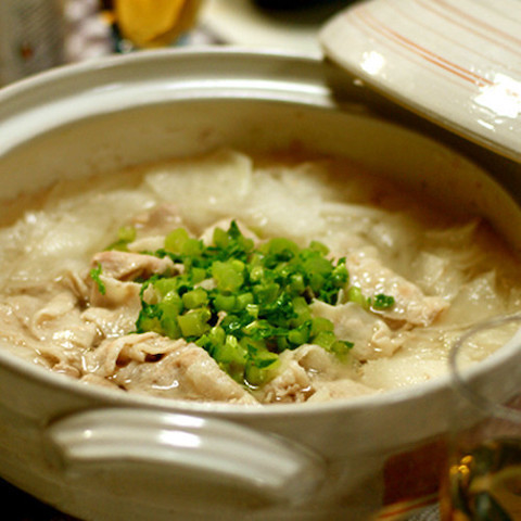 【消化力を高める】お腹スッキリ!「大根」をたっぷり食べられる鍋レシピ
